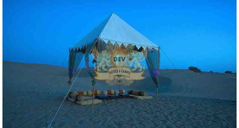 Exclusive Dinner on Dunes (2)